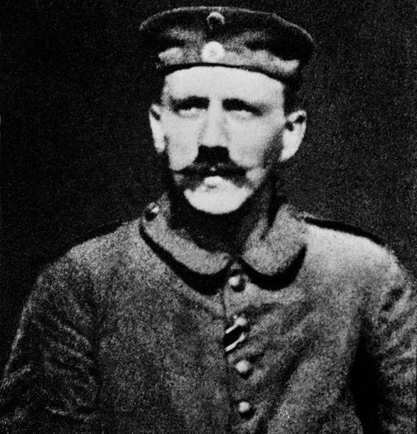Adolf Hitler quando era Cabo, durante a Primeira Guerra Mundial