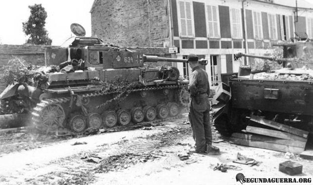 panzer4-pzlehr-france1944