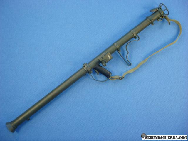 Armas da FEB - Lança-Rojão 2.36