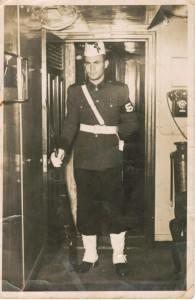 duardo Lessa, ocupando seu posto  dentro do Navio Escola Almirante Saldanha