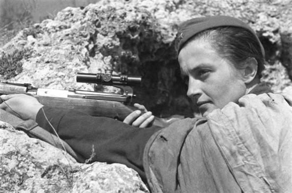 Snipers Lyudmila Mykhailivna Pavlichenko