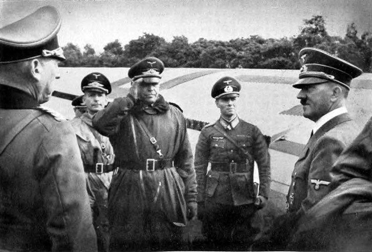 Hitler com Hommel - porquê Hitler decidiu atacar